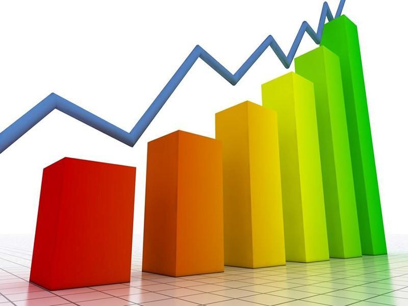 Ibovespa opera perto da estabilidade mesmo com a queda de quase 40% do petróleo; dólar comercial sobe a R$ 5,29