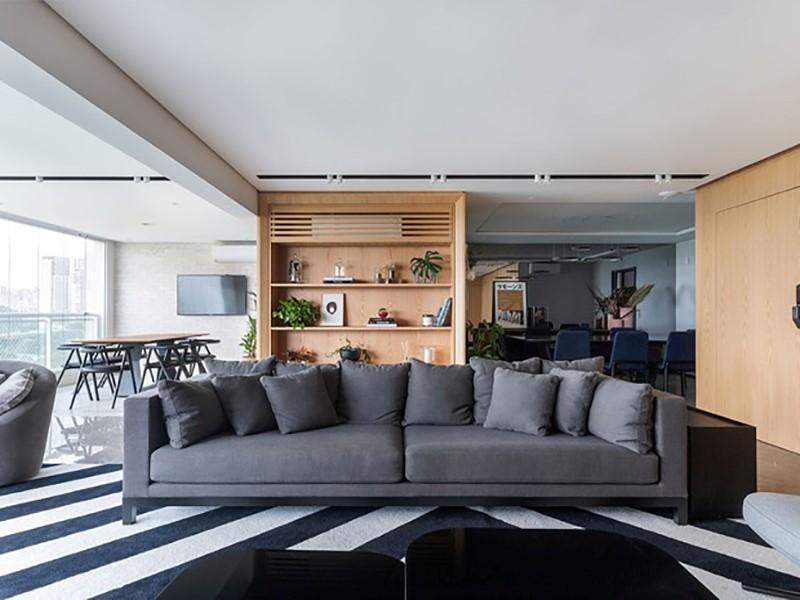 Apartamento tem estilo moderninho e múltiplas opções de lazer para pais e filhos