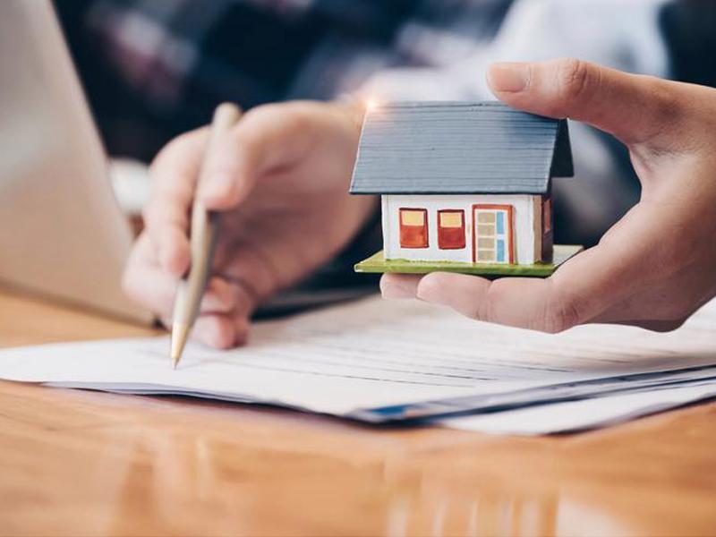 Financiamentos imobiliários têm maior alta semestral em 10 anos. É hora de comprar a casa própria?