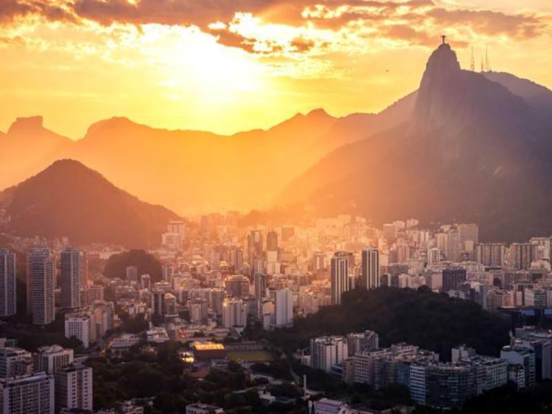 Mercado imobiliário no Rio começa a se recuperar da crise