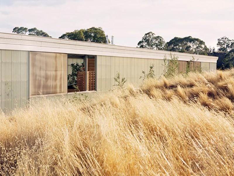 A casa de fazenda mais comprida que você já viu
